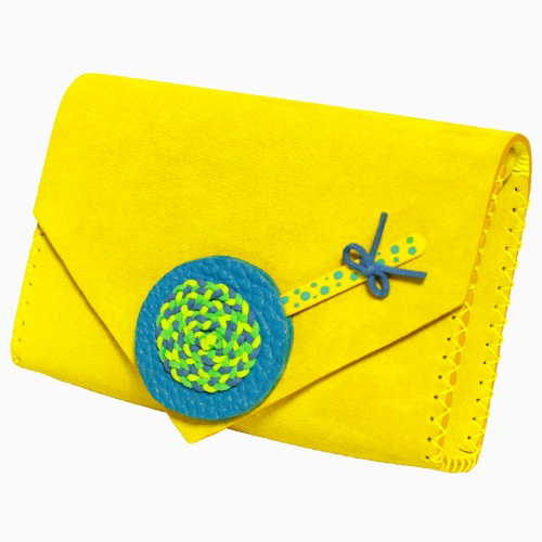 http://carmenittta.ro/uploads/products/2019W18/handmade-lemon-yellow-leather-lollypopbag-carmenittta-0025-gallery-1-500x500.jpg