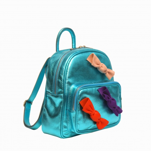 http://carmenittta.ro/uploads/products/2019W33/candy-metallic-green-leather-backpack-0040-gallery-3-500x500.jpg