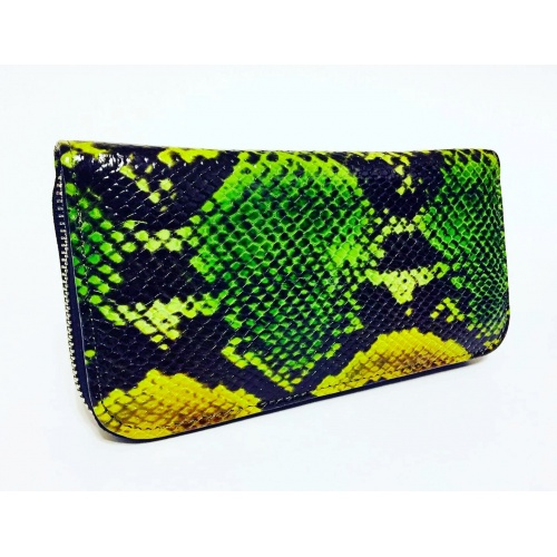 http://carmenittta.ro/uploads/products/2020W48/snakeprint-leather-wallet-0085-gallery-1-500x500.jpg
