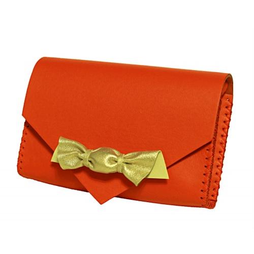 http://carmenittta.ro/uploads/products/2019W07/handmade-red-leather-candybag-carmenittta-0012-gallery-3-500x500.jpg