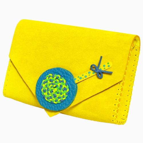 http://carmenittta.ro/uploads/products/2019W18/handmade-lemon-yellow-leather-lollypopbag-carmenittta-0025-gallery-1-500x500.jpg