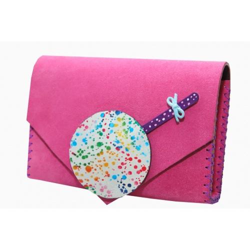 http://carmenittta.ro/uploads/products/2020W05/handmade-purple-suede-leather-with-painted-lollypop-bag-carmenittta-0054-gallery-1-500x500.jpg