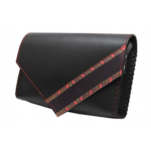 http://carmenittta.ro/uploads/products/2020W05/traditional-print-detail-black-leather-handmade-bag-carmenittta-0053-gallery-1-500x500.jpg