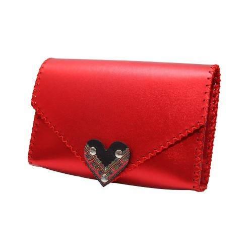 http://carmenittta.ro/uploads/products/2020W05/traditional-print-heart-metallic-red-leather-handmade-bag-carmenittta-0052-gallery-1-500x500.jpg
