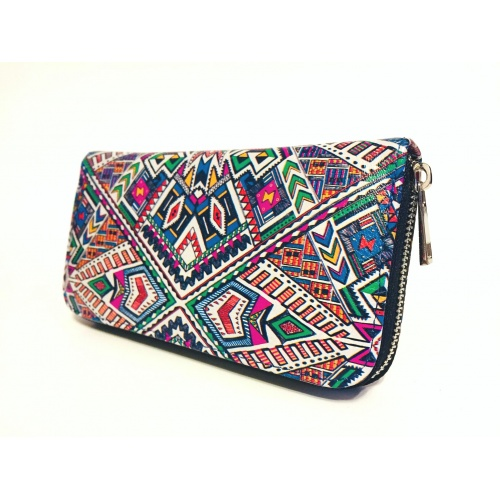 http://carmenittta.ro/uploads/products/2020W41/traditional-print-leather-wallet-0081-gallery-1-500x500.jpg