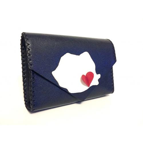 http://carmenittta.ro/uploads/products/2021W07/romania-map-on-black-leather-bag-by-carmenittta-0095-gallery-1-500x500.jpg