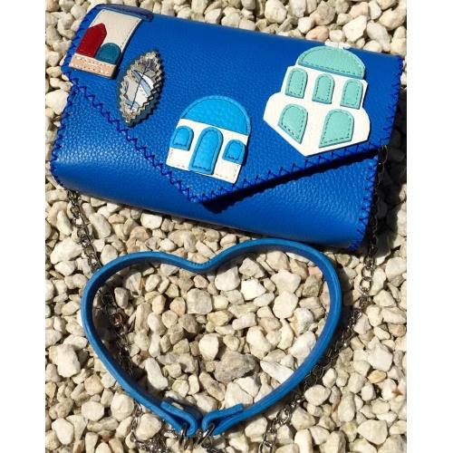http://carmenittta.ro/uploads/products/2021W21/santorini-leather-buildings-arhitecture-handsewn-bag-0123-gallery-1-500x500.jpg